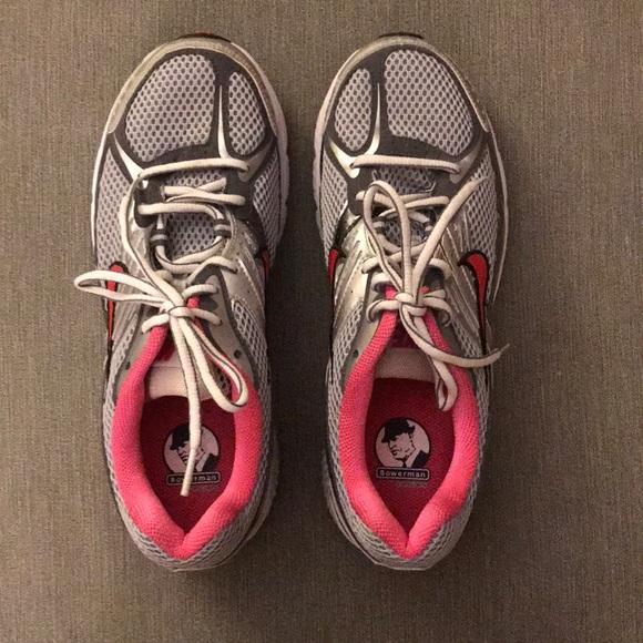 55037aa7deab Women s Nike Zoom Structure Triax+ 12. M 5a727a9fa6e3ea982d5e888e